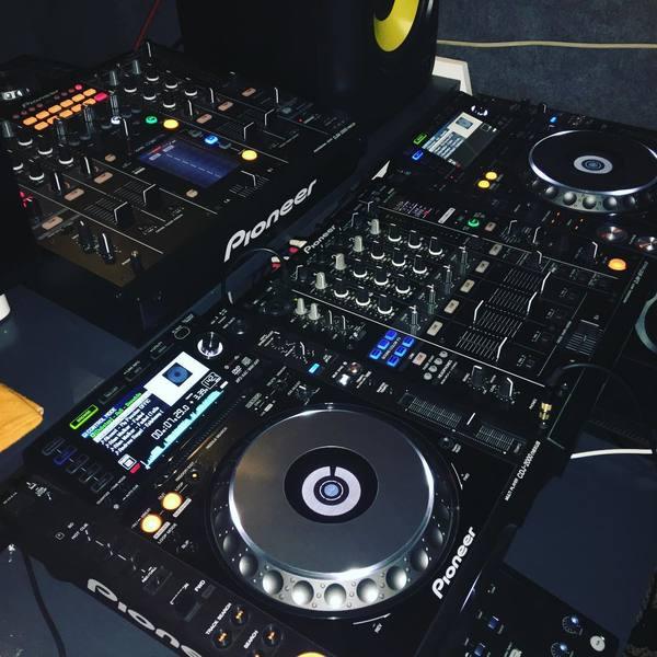 ZXR Productions's Pioneer DJM-900 Nexus Mixer