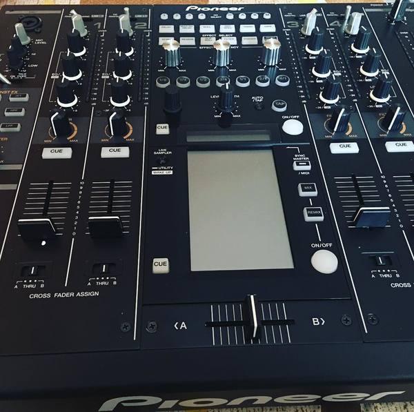ZXR Productions's Pioneer DJM 2000 Nexus