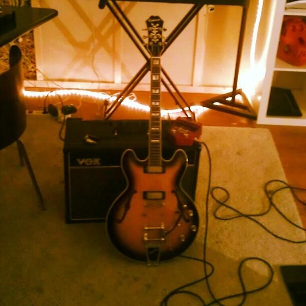 Bart van Liemt's Epiphone Sheraton II Electric Guitar