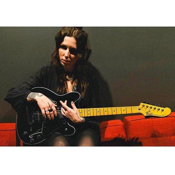 Chelsea Wolfe's Fender Starcaster Modern Player