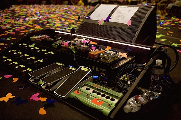 The Fulltone OCD Pedal Can Be Seen In Top Row Third From Right On Jonnys Pedalboard As A Means To Verify That This Is Board