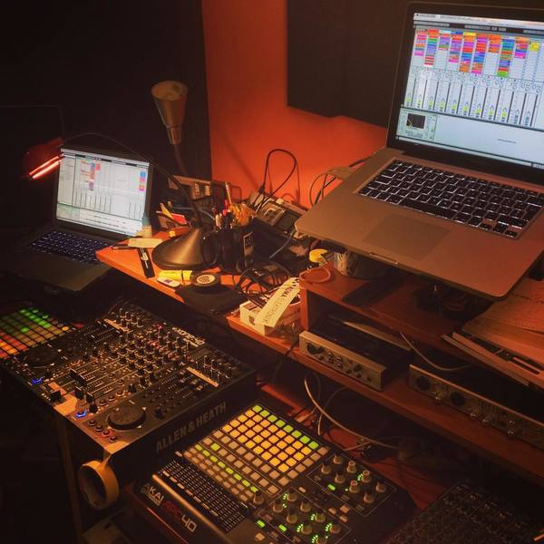 Seismal D's Novation Launchpad USB MIDI Controller for Ableton Live