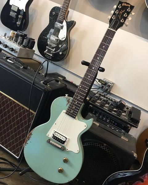 Billie Joe Armstrong's Gibson Les Paul Junior (Custom