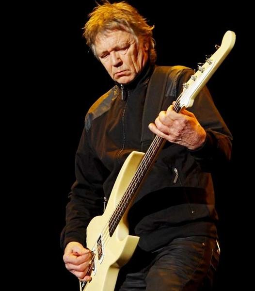 Rinus Gerritsen's Vox Humana RG Longscale Bass