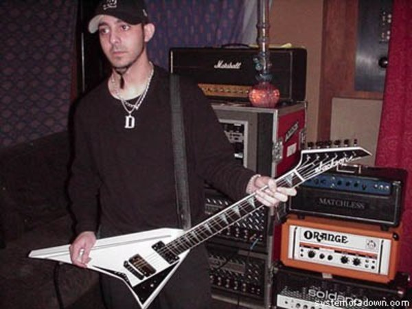 Daron Malakian's Jeckson rr1t (with GIbson pickup in bridge position)
