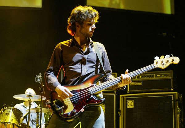 Guy Berryman S Fender Sean Hurley Signature Precision Bass