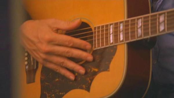 Hugh Laurie's Gibson Hummingbird