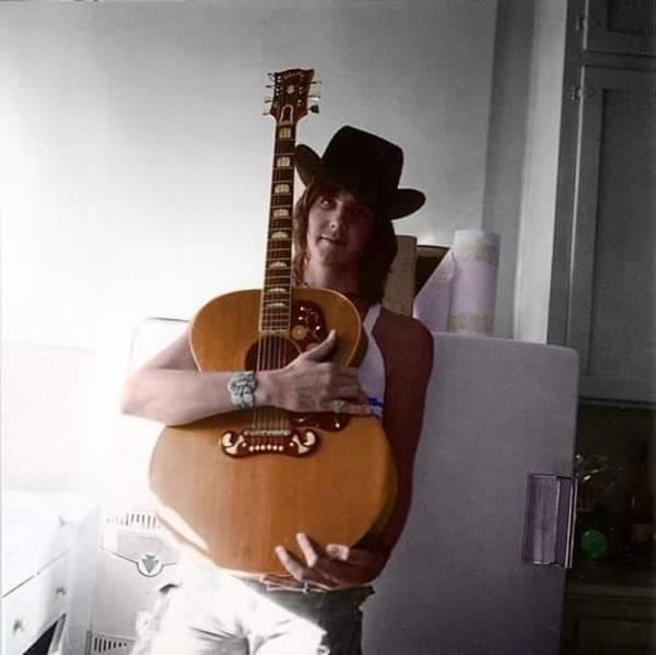 Gram Parsons's Gibson J-200