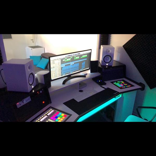 DJ FABI's Pioneer DJ DJM-750MK2
