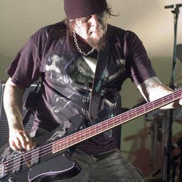 Paul Raven's Schecter Ultra Bass