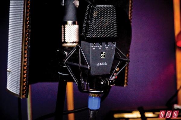 Ed Sheeran's sE Electronics sE4400a Condenser Microphone