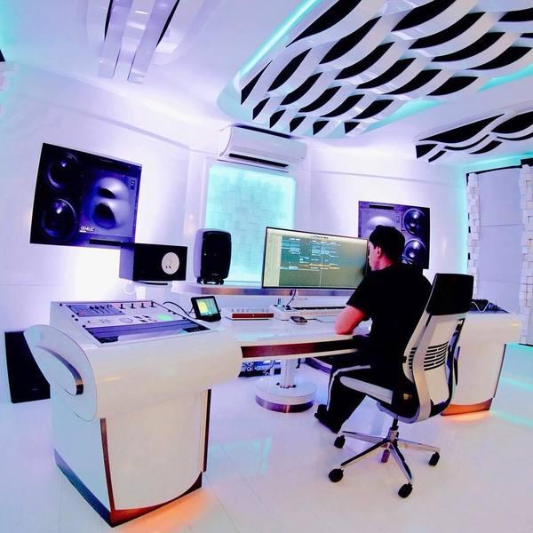 Hardwell's TC Electronic Clarity M - Desktop Audio Meter
