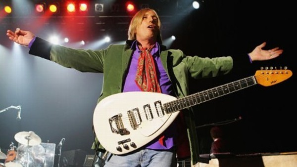 Tom Petty's 1966 Vox Mark VI Teardrop - White