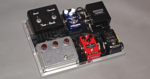 Matt Schofield's Mad Professor Deep Blue Delay Pedal