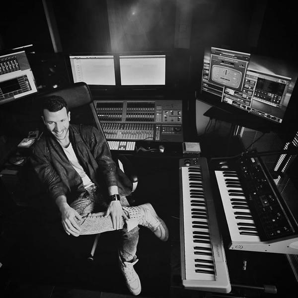 Don Diablo's M-Audio Keystation 88es MIDI Controller