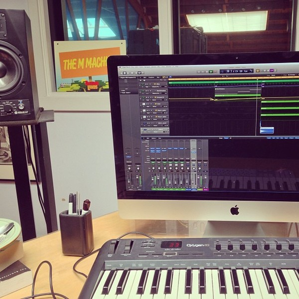 The M Machine's M-Audio Oxygen 49 49-Key USB MIDI Keyboard Controller