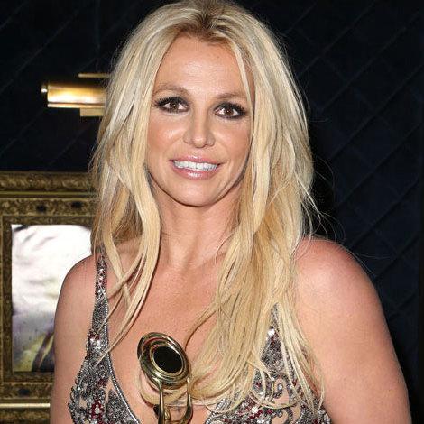 Britney Spears | Equipboard®